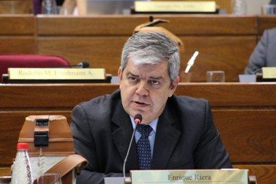 Pedido de pérdida de investidura de Arévalo no se daría hasta las municipales, según Riera