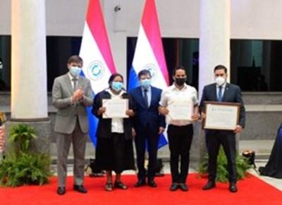El tereré y el pohã ñana reciben certificación como patrimonio de la humanidad
