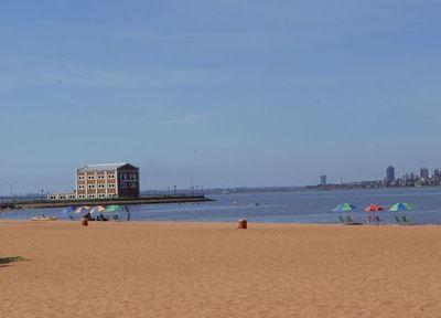 Playas de Encarnación, una ciudad que dejó de vivir de espaldas al río