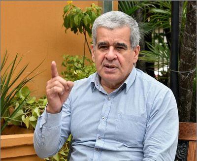 IPS está utilizando reservas porque los aportes no son suficientes, dice Pedro Halley