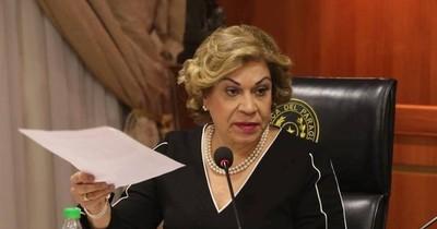La Nación / Se registraron los primeros aspirantes a la Corte