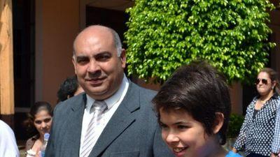 Acusan a ex intendente   de Santaní por desvío de fondos de merienda escolar