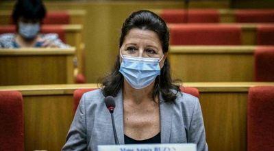 La justicia francesa imputa a exministra de Salud por su gestión del COVID-19