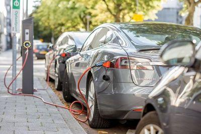 Paraguay avanza hacia la utilización de vehículos eléctricos