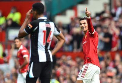 Cristiano regresó con doblete y triunfo sobre el Newcastle de Almirón