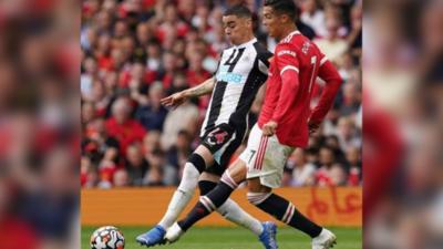 Debut con doblete de Cristiano Ronaldo ante el Newcastle