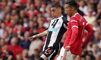 Almirón y Newcastle sucumben ante el retorno goleador de Cristiano al United