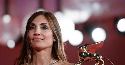 """La Nación / Venecia otorgó el León de Oro al filme feminista """"El acontecimiento"""""""