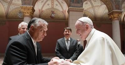 """La Nación / El papa Francisco en Hungría advierte sobre """"amenaza"""" del antisemitismo"""