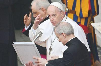 El papa lanza un mensaje de apertura en Hungría
