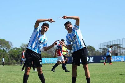 Olimpia y Guaireña quedan solos en la cima de la Sub 16