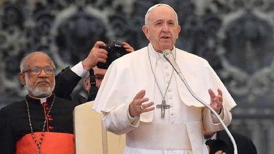 """El Papa pidió """"apagar la mecha"""" del antisemitismo en Europa"""