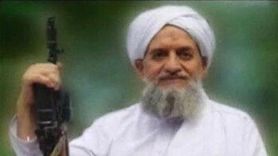 El líder de Al Qaeda, que se rumoreaba que estaba muerto, aparece en un video