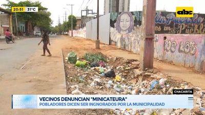 """Vecinos de la Chacarita denuncian un """"minicateura"""""""