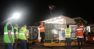 Más de 300 mil dosis de AstraZeneca llegaron al país