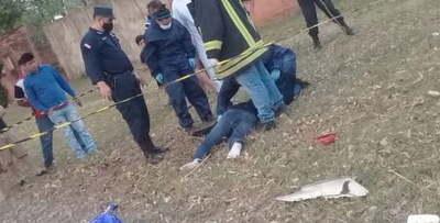 Joven muere tras chocar contra un árbol en Coronel Oviedo