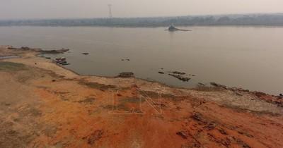 La Nación / Hallan cuerpo sin vida de una mujer a orillas del río en Limpio con rastros visibles de violencia