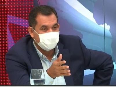 Funcionario de Aduanas presuntamente vinculado a senador Martín Arévalo, tendría antecedentes por enriquecimiento ilícito