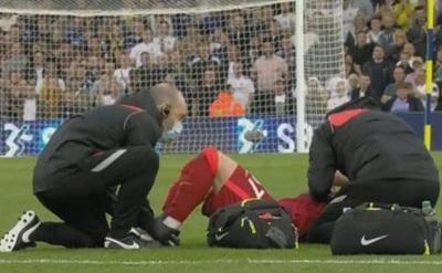 Futbolista del Liverpool sufre escalofriante lesión