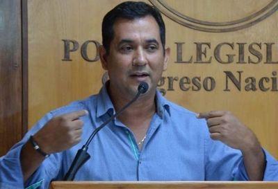 Martín Arévalo: «En Aduanas se robaron 3 millones de dólares y piden mi pérdida de investidura»