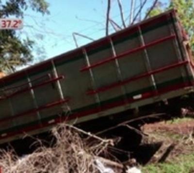 Bebé de 8 meses muere arrollado por un camión