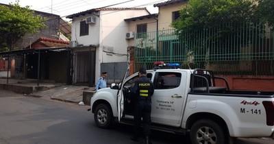 La Nación / La Policía baja volumen de equipos de música por polución sonora en Asunción