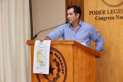 Martín Arévalo se defiende y denuncia por corrupción a Julio Fernández