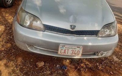 Abandonan vehículo denunciado como robado