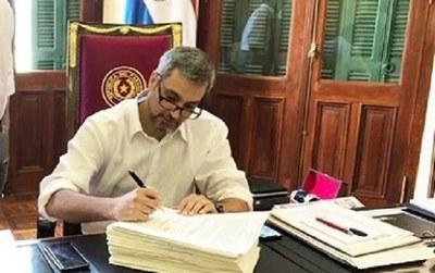 Ejecutivo hace oficial el traslado del feriado del 29 de setiembre