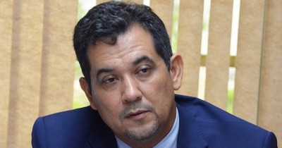 La Nación / Senador no descarta un pedido de pérdida de investidura de Arévalo
