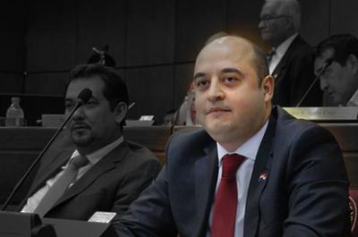 Sigue la historia: No hay pedido de pérdida de investidura contra Arévalo