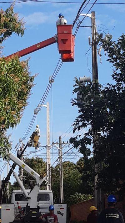 ANDE: Viento con intenso calor produce los cortes de energía eléctrica, dice jefe de operaciones de distribución