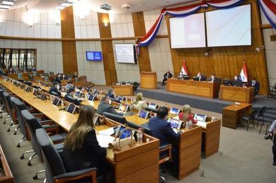 Senado conforma comisión para tener versión de Arévalo sobre denuncia por tráfico de influencias