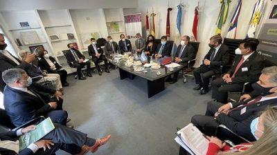 Canciller insiste en apertura gradual de fronteras con Argentina