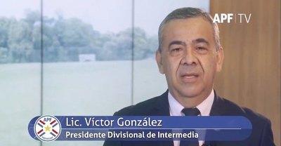 """Crónica / VÍCTOR GONZÁLEZ: """"En el interior son fanáticos"""""""