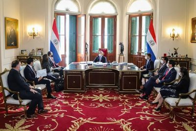 Presidente del BID destacó que Paraguay se distingue por su capital humano en la región