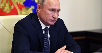 La Nación / Presidente de Rusia se aísla tras casos de COVID-19 en su entorno