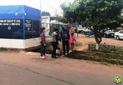 Peligroso paso peatonal en Luque •