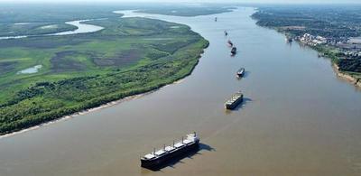 El Estado argentino inicia gestión de la hidrovía Paraná-Paraguay por un año