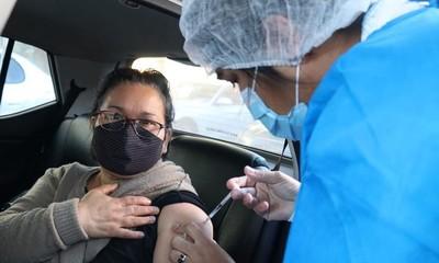 Alrededor de unas 540 mil personas de 50 años y más todavía no se vacunaron contra el COVID-19