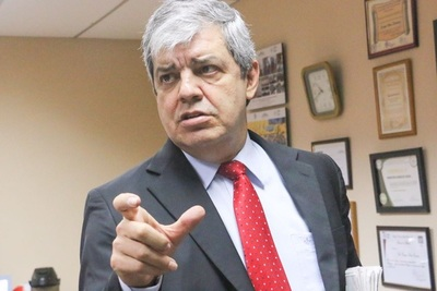 Enrique Riera cree que 'hasta el 10 de octubre no pasará nada' en caso Aduanas