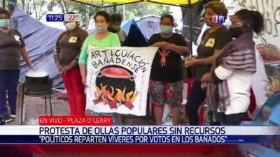 Denuncian que víveres para ollas populares son repartidos en campaña política