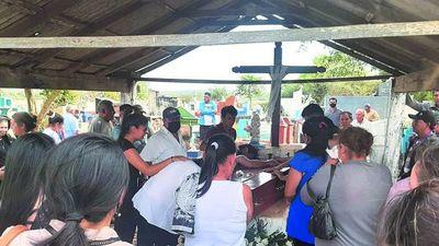 "Triste entierro de Liz Vera: ""Estamos shockeados"""