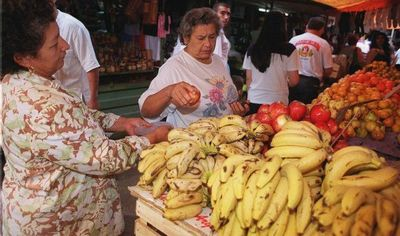 Plantean enriquecer programa de alimentación escolar con productos locales