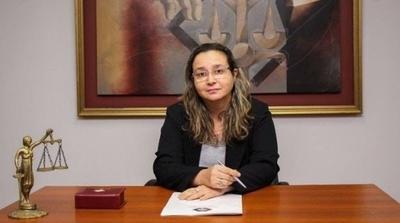 Fiscal Sonia Pereira imputó a 70 invasores