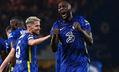 El campeón Chelsea debuta con victoria ante el Zenit gracias a Lukaku