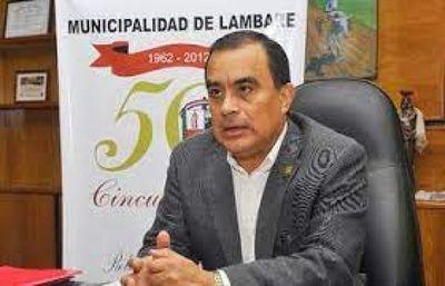 Condenan a Roberto Cárdenas a 4 años de cárcel por caída de escuela