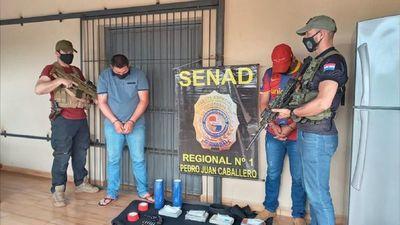 Incautan alrededor de 5 kilos de cocaína y detienen a dos personas