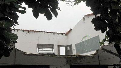 Cárdenas, condenado a 4 años de prisión por caída de aula