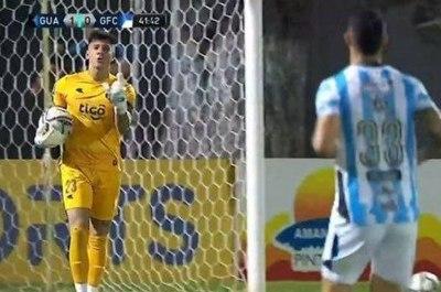 """Arquero de Guaraní insultó a colega de Guaireña haciendo gesto de """"cornudo"""". Cerro pide sanción (video)"""
